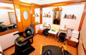 The beauty salon on The Indian Maharaja charter train.