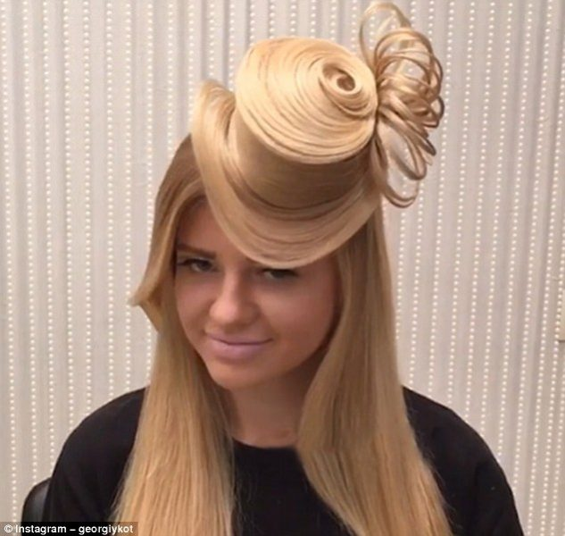Instagram Sensation Turn Your Hair Into A Hat Hairdressing